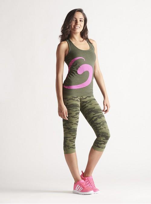 Women's Sport Outfit: Mélange tank top + Camouflage Capri leggings