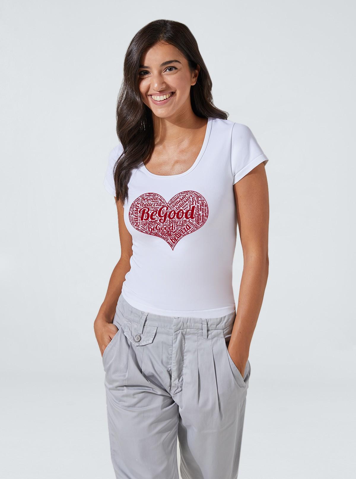 Camiseta con estampado de corazón adelgazante y hidratante