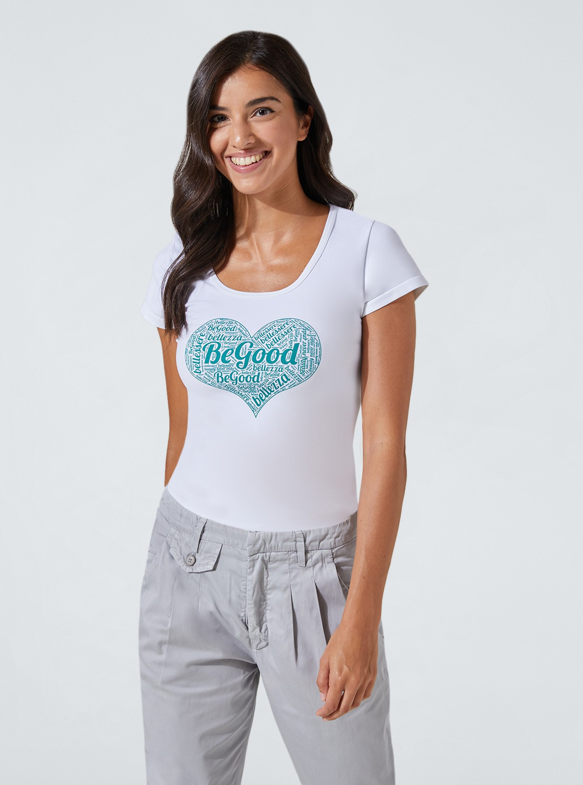 Slimming and hydrating top with heart print