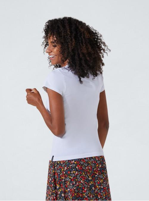 Verschlankendes und hydratisierendes Shirt mit Herz-Aufdruck
