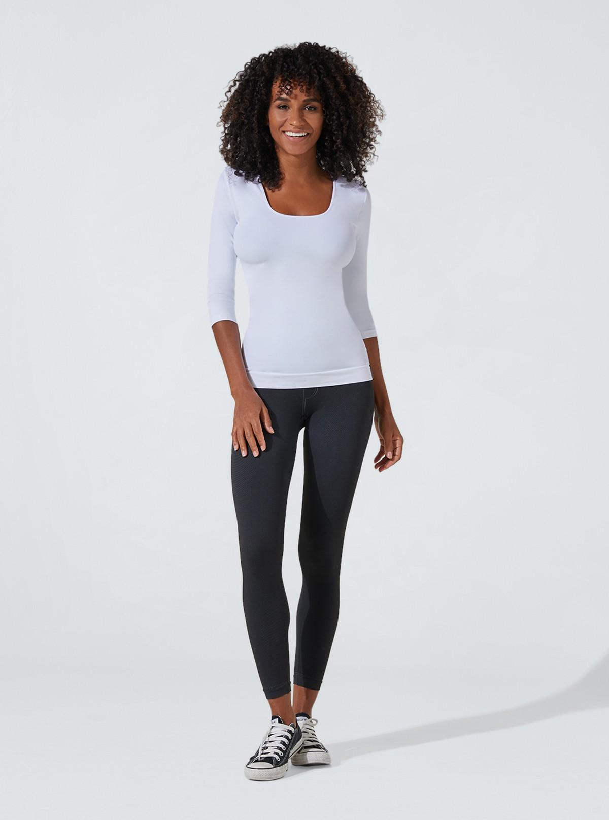 Traje moda para mujer: Camiseta con mangas 3/4 + Jegging deep black