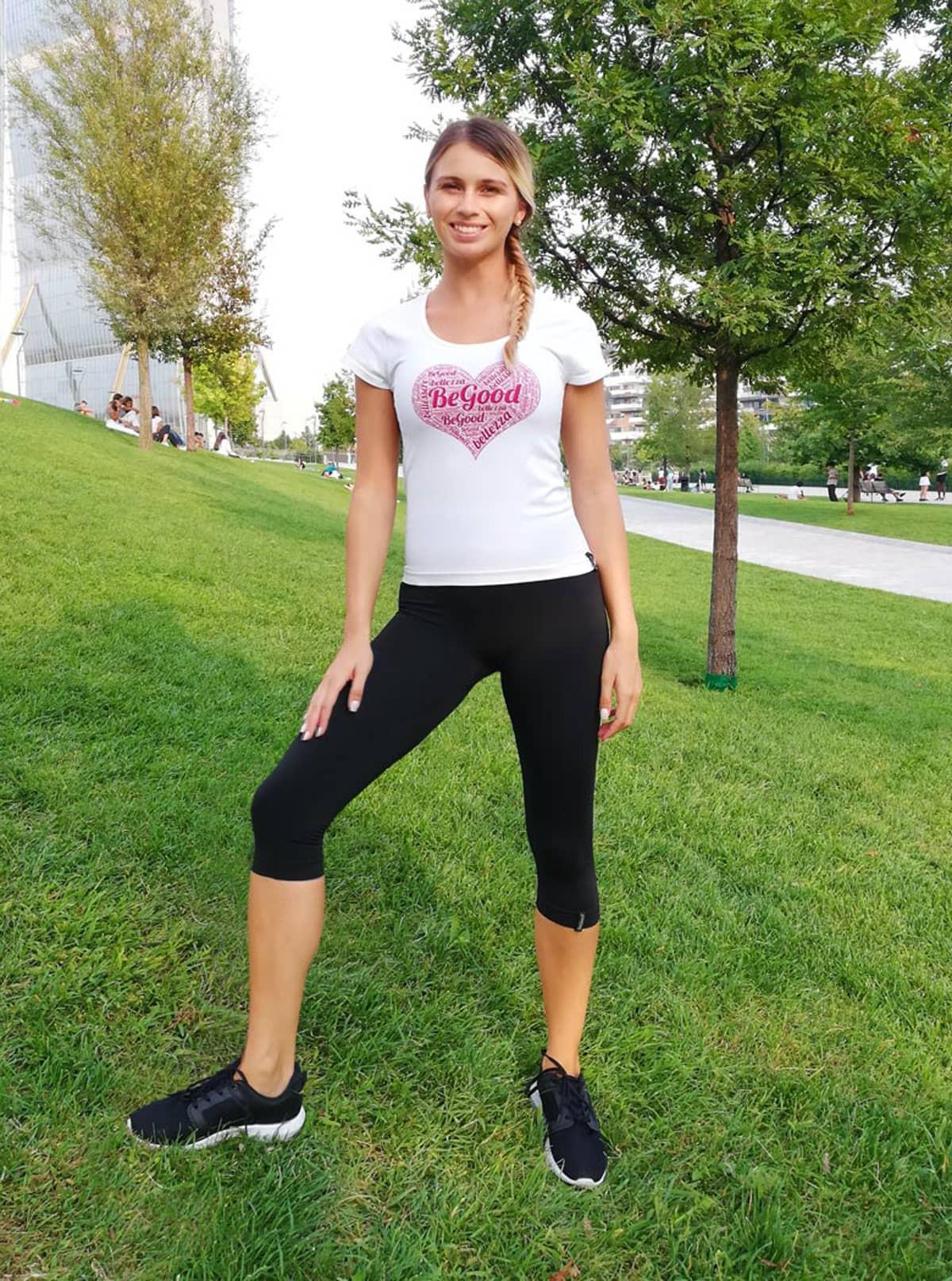 Ensemble sport pour femme: T-Shirt 'Cœur' + Capri Superslim