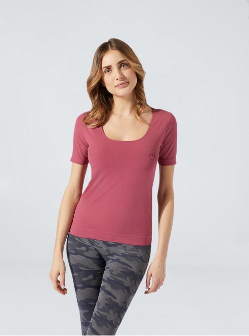 Komfortables, buntes und hydratisierendes T-Shirt mit kurzen Ärmeln