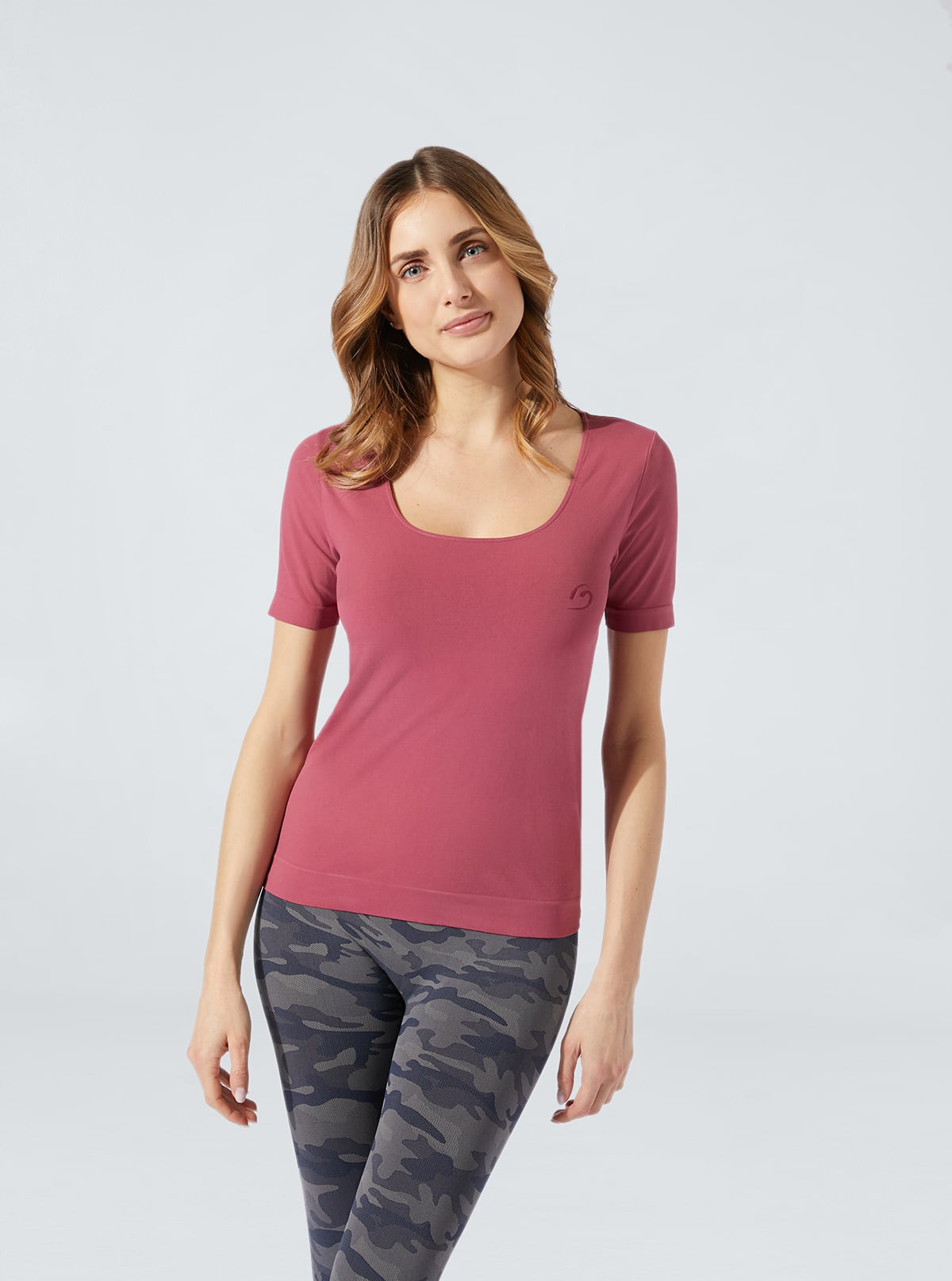 Coloured hydrating short-sleeved comfort T-Shirt