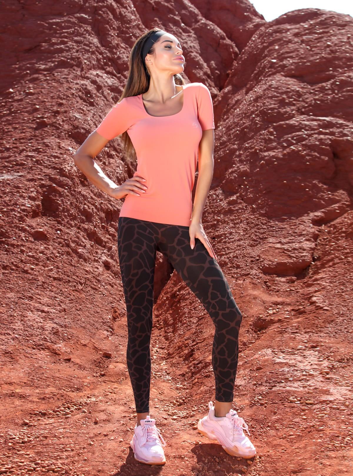 Completo Sport Donna: T-Shirt comfort + Legging giraffato
