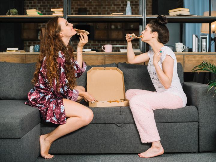 Una pizza con gli amici: la felicità