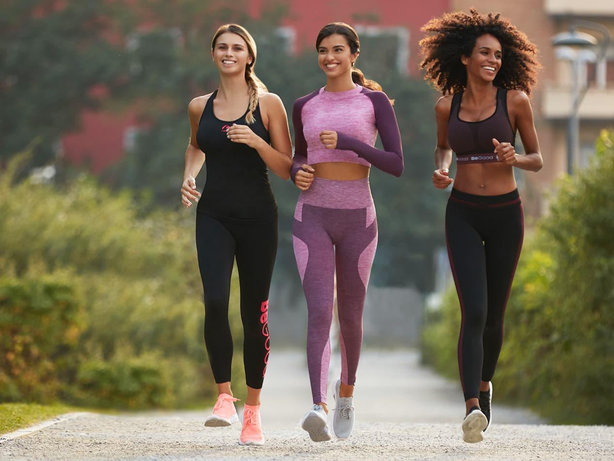 attività fisica con abbigliamento attivo