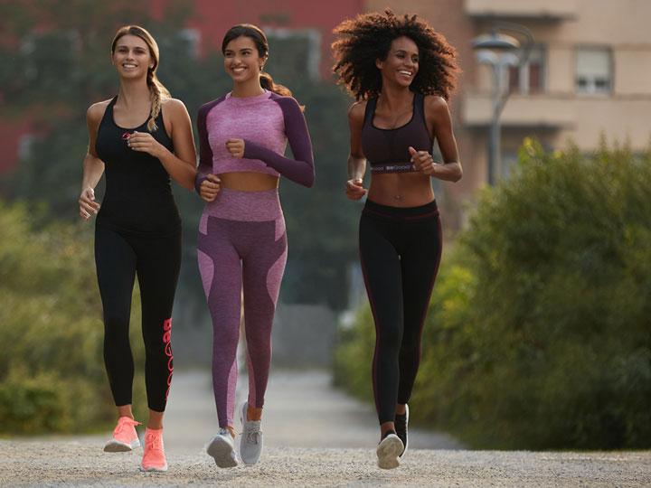 Corsa nel parco con completi sportivi BeGood®