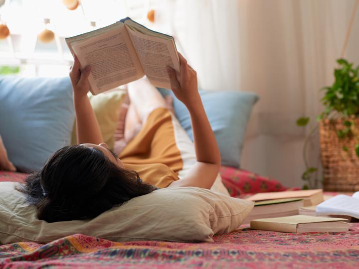 tempo per hobby, leggere, scrivere, film