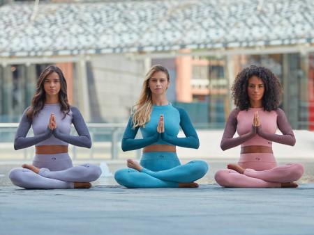 Warum man Yoga in seinen Alltag einbauen sollte: fünf Vorteile für Körper und Geist